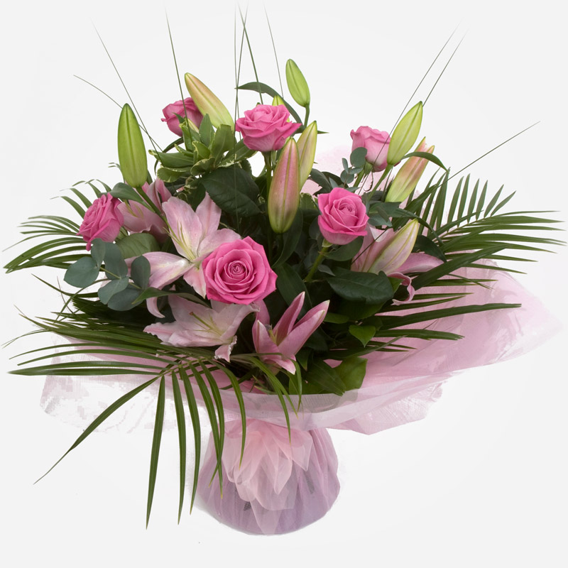 Order a Mother's Day Deluxe Handtied