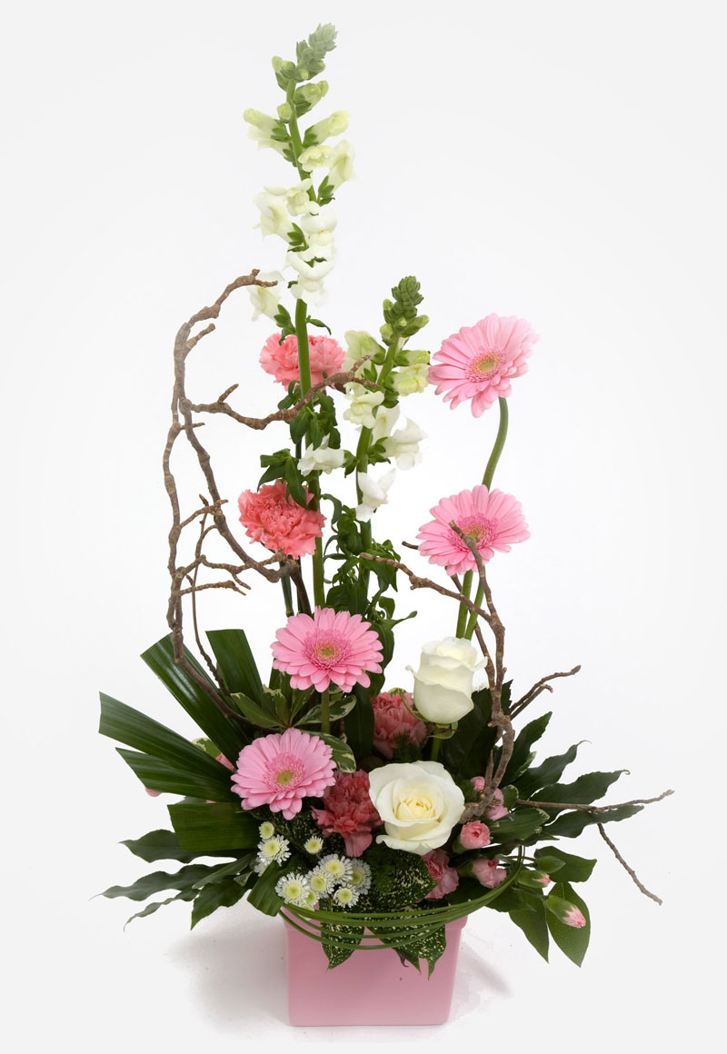 Order mother 39 s day flowers with a surprise delivery on for Mothers day flower arrangements