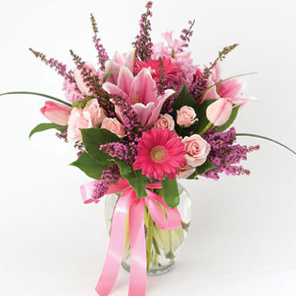 Order Elegant Bouquet flowers